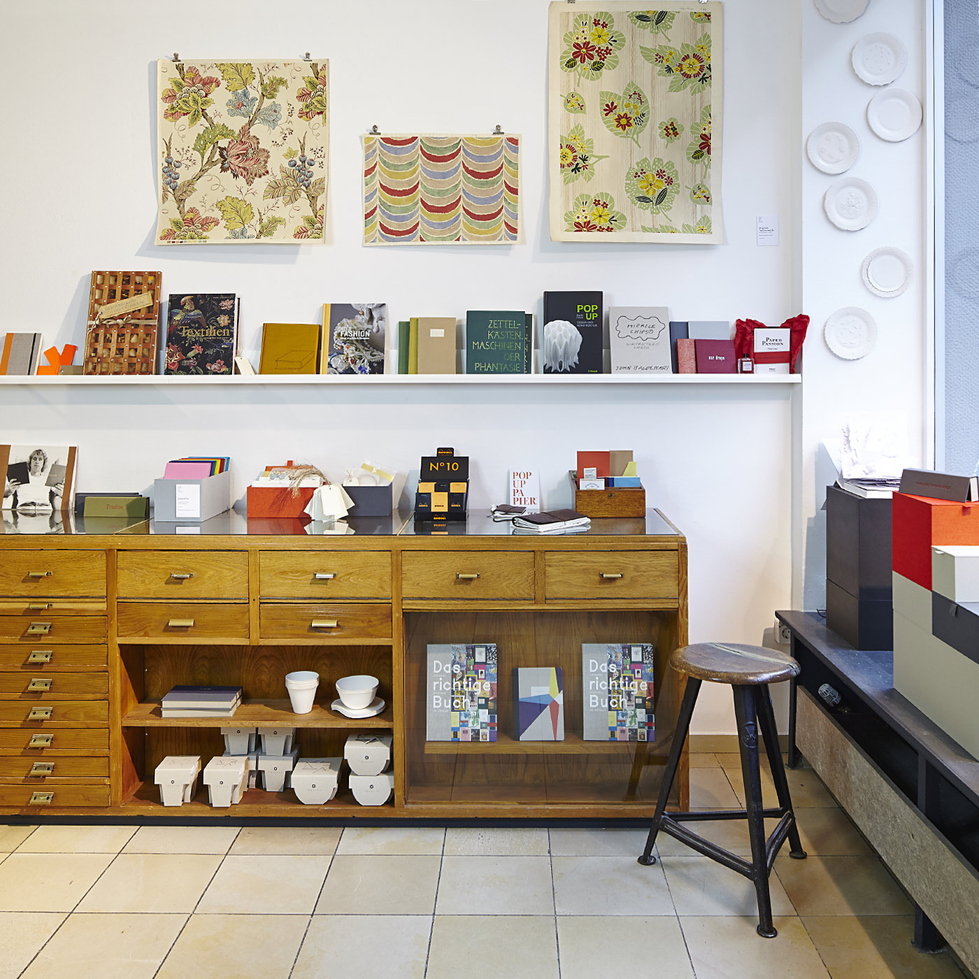 der laden in k ln pop up papier. Black Bedroom Furniture Sets. Home Design Ideas